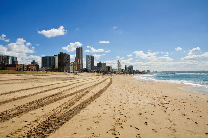Paesaggio urbano e spiaggia di Durban - la Sudafrica fotografia stock libera da diritti