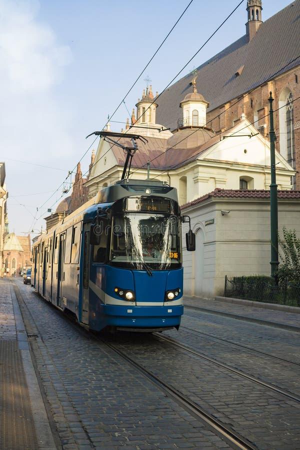Paesaggio urbano europeo classico di vecchia città Cracovia, Polonia fotografia stock