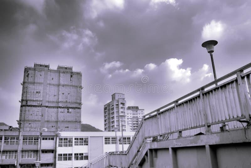 Paesaggio urbano - flyover ed appartamento fotografia stock libera da diritti