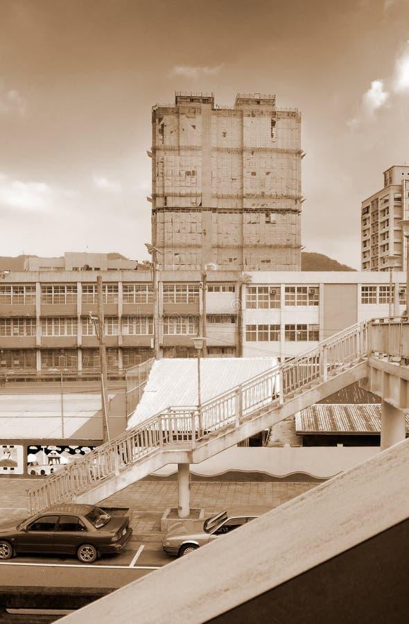 Paesaggio urbano - flyover ed appartamento immagine stock libera da diritti