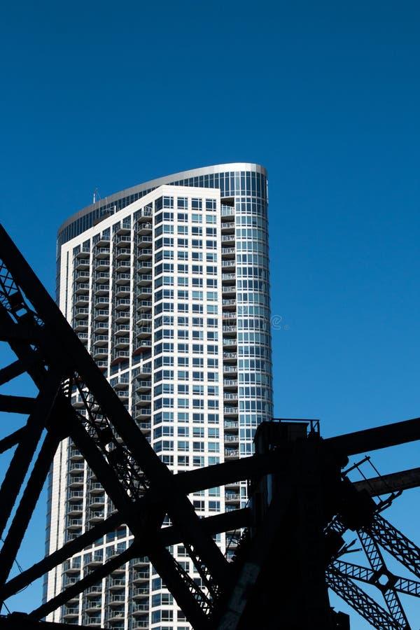 Paesaggio urbano moderno e vecchio di Chicago del centro delle costruzioni immagini stock libere da diritti