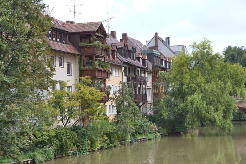Paesaggio urbano scenico di estate dell'architettura di Città Vecchia in Nurember immagine stock