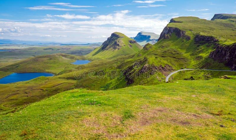 Paesaggio verde sull'isola di Skye fotografie stock
