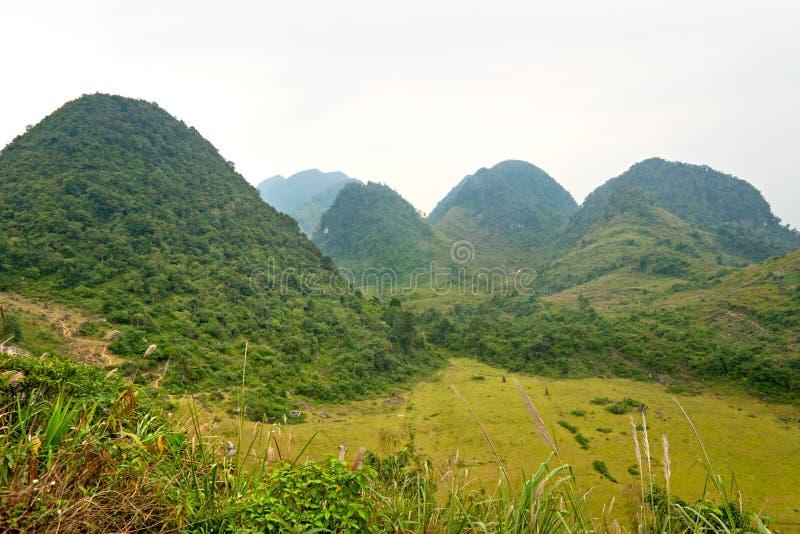 Paesaggio vietnamita del nord. immagini stock