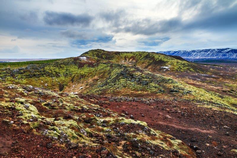 Download Paesaggio vulcanico fotografia stock. Immagine di geologia - 56888062