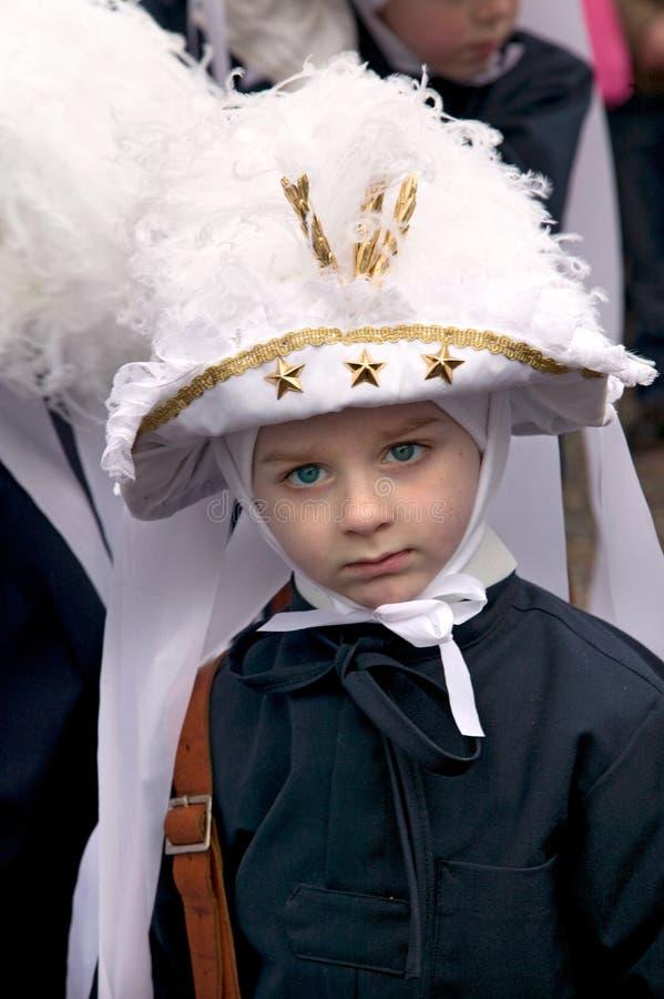 Paesant op Vastenavond bij Kant van Binche Carnaval, België stock foto's