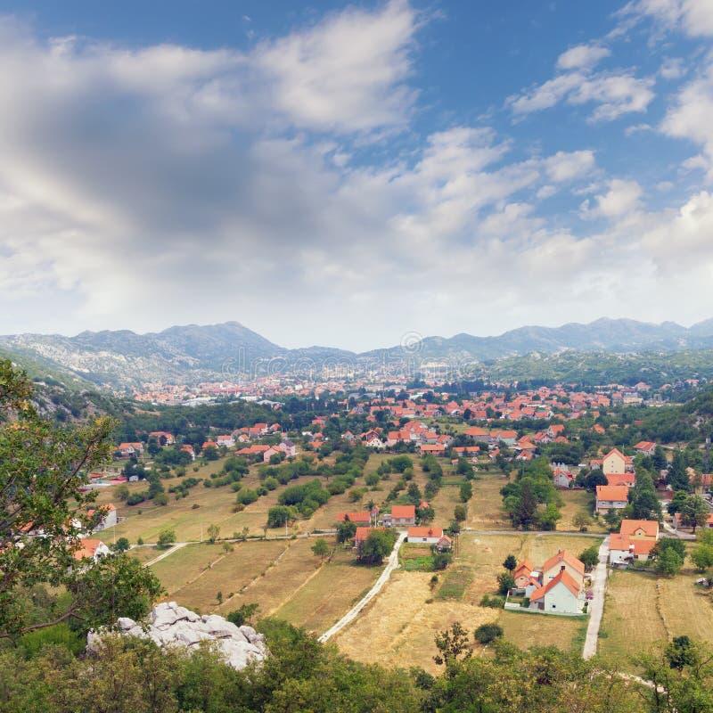 Paesino di montagna nel Montenegro fotografie stock
