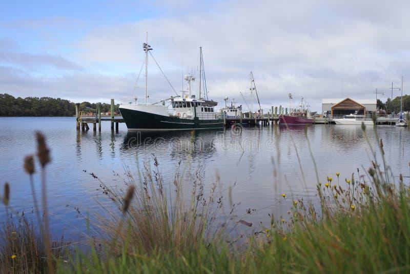 Paesino di pescatori di Strahan in Tasmania Australia fotografie stock
