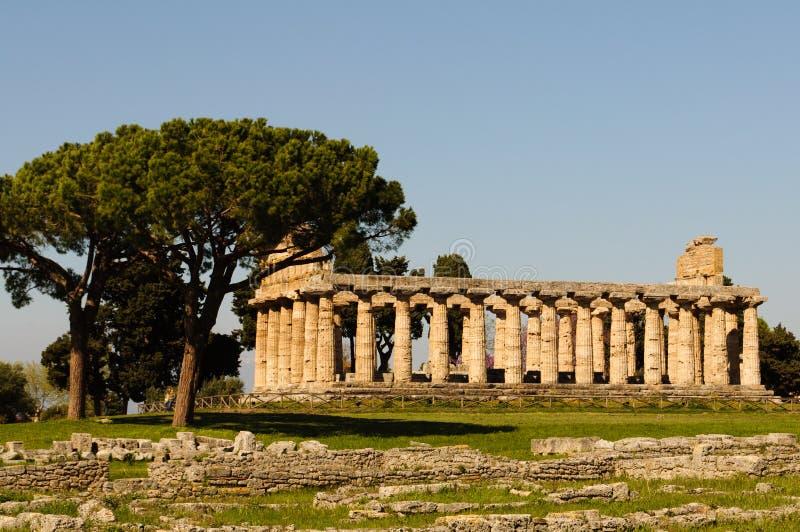Grekiska tempel av Paestum - Poseidonia arkivbild