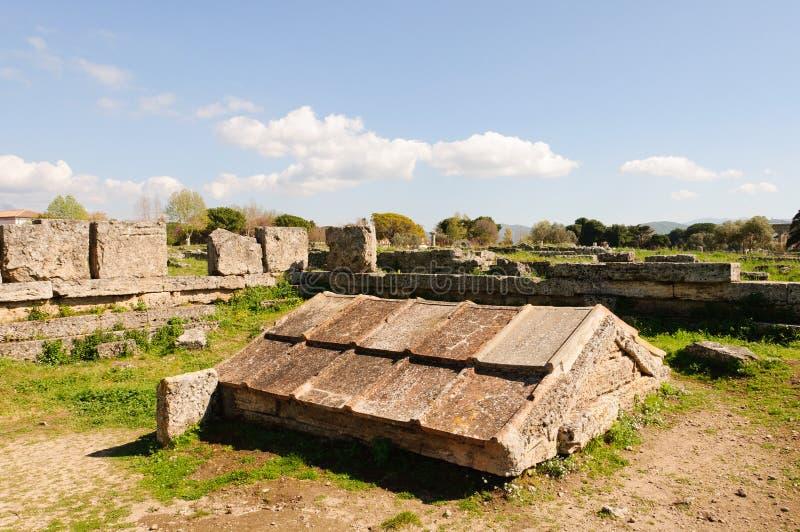 Grekiska tempel av Paestum - Poseidonia arkivfoton