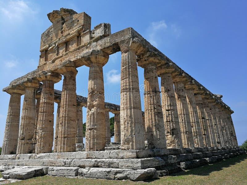 Paestum - Tempio di Athéna photos stock