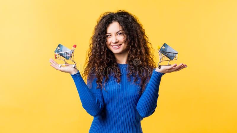 Pagamento elettronico della società cashless di servizio bancario fotografia stock libera da diritti