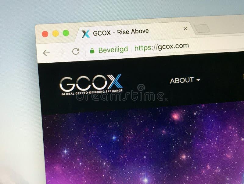 Page d'accueil de crypto échange de offre global - GCOX photographie stock