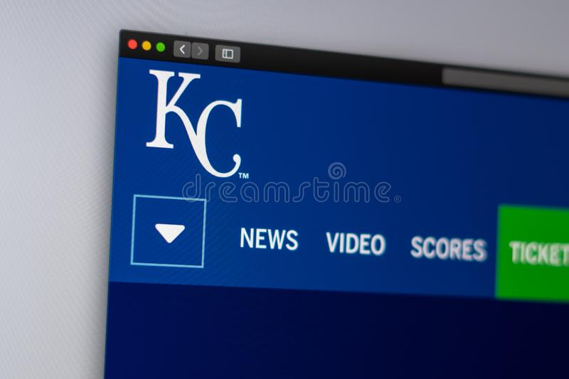 Page d'accueil de site Web de Kansas City Royals d'?quipe de baseball Fermez-vous du logo d'?quipe photo stock