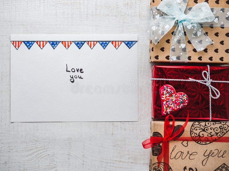 Page vide de bloc-notes pour des mots doux au sujet de l'amour photos stock