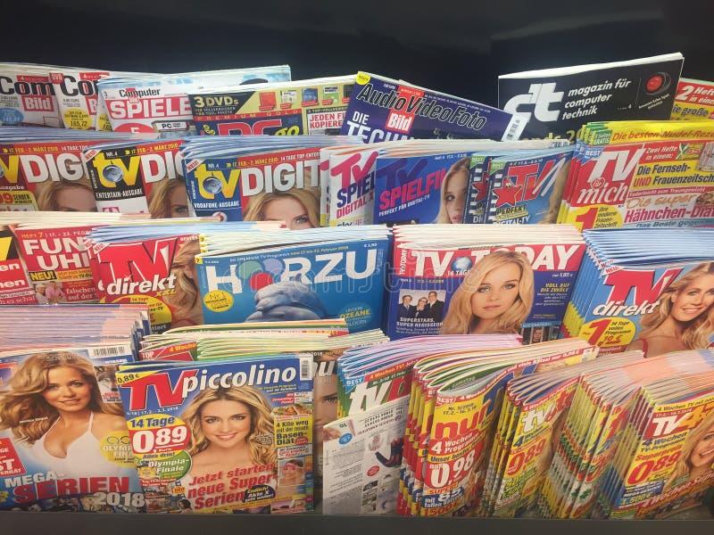 Pages de couverture des magazines à vendre photos libres de droits