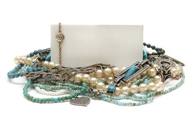 Pagina di monili: turchese, perle, platino immagine stock