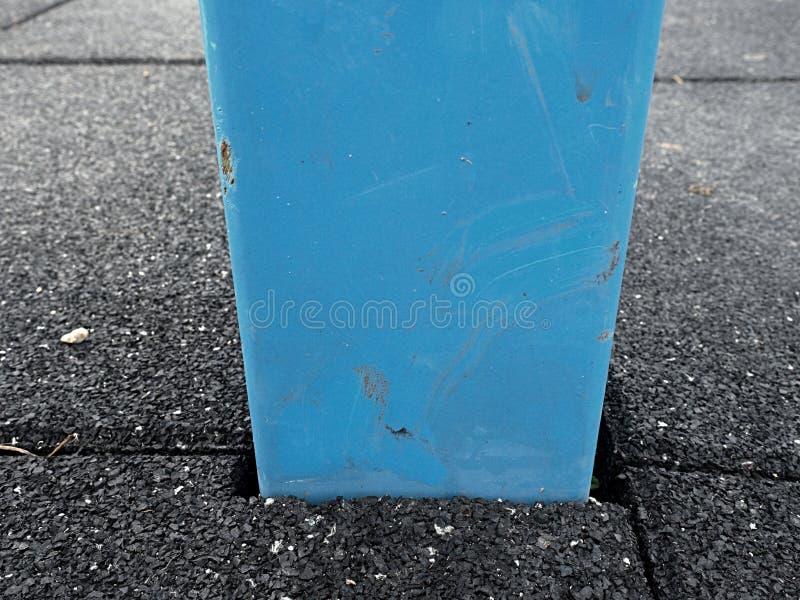 Pagina in mattonelle flessibili per il campo da giuoco Pavimento flessibile fotografia stock libera da diritti