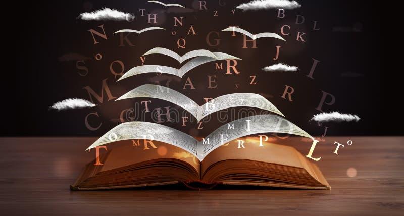Pagina's en gloeiende brieven die uit een boek vliegen royalty-vrije stock fotografie