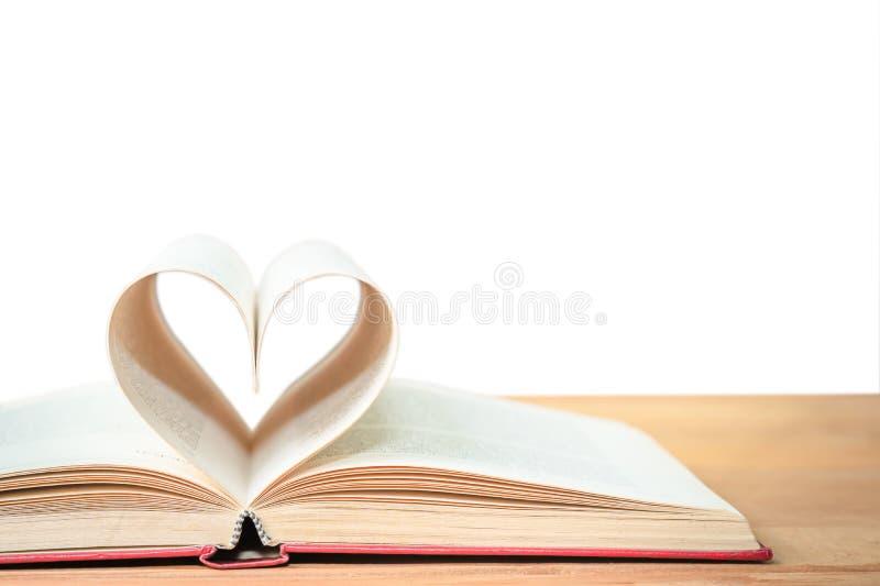 Pagina's van boek gebogen hartvorm royalty-vrije stock foto