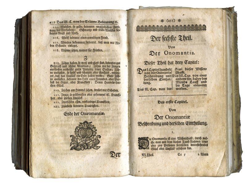 Paginaciones del libro viejo a partir de 1717 imagen de archivo libre de regalías