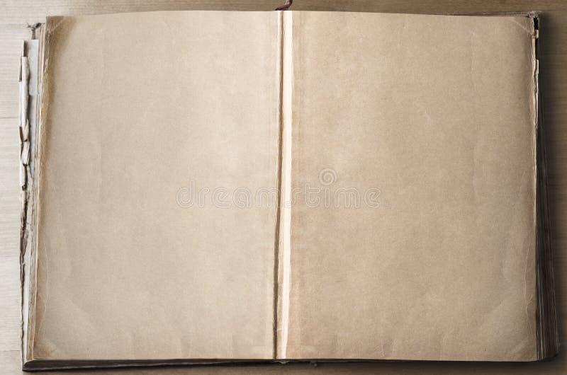 Paginaciones vacías en libro abierto foto de archivo