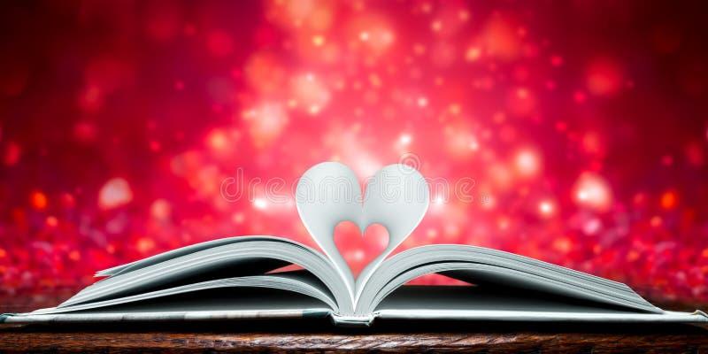 Pagine a forma di del cuore immagini stock libere da diritti