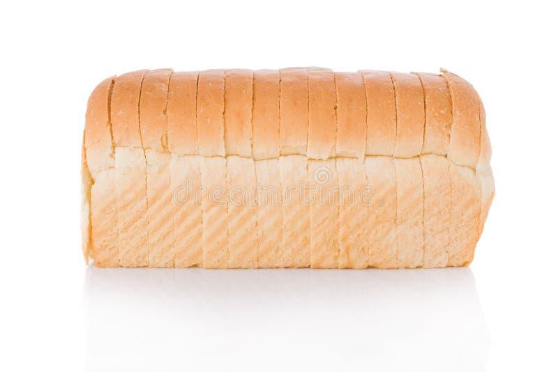 Pagnotta di pane affettata immagine stock