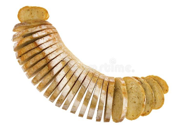 Pagnotta fresca del pane affettato della patata e dei rosmarini immagini stock
