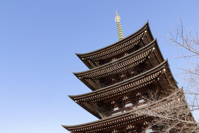 Pagoda à multiniveaux de bouddhisme japonais photos stock