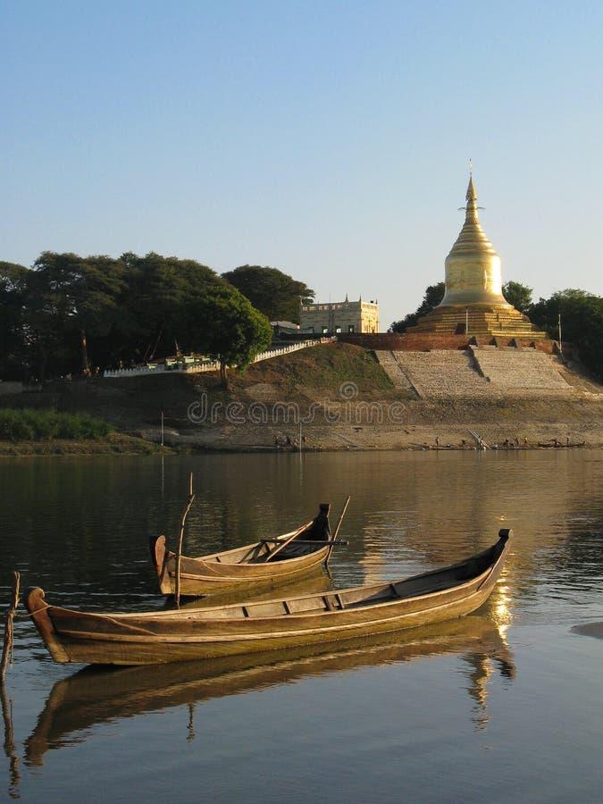 pagoda шлюпок стоковые фото