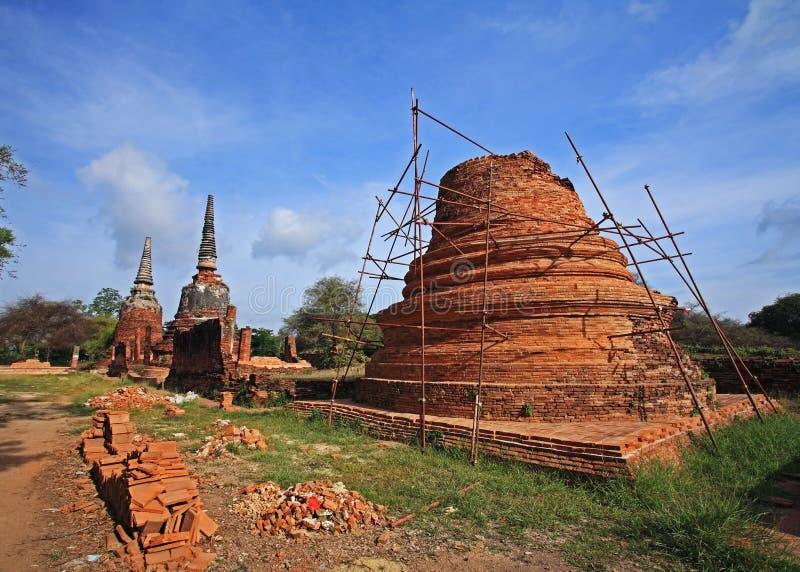 Pagoda antica da rinnovare o riparare immagini stock