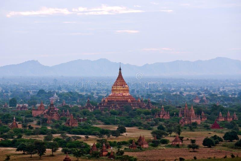 Pagoda antica di Dhammayazika in Bagan, Myanmar fotografia stock