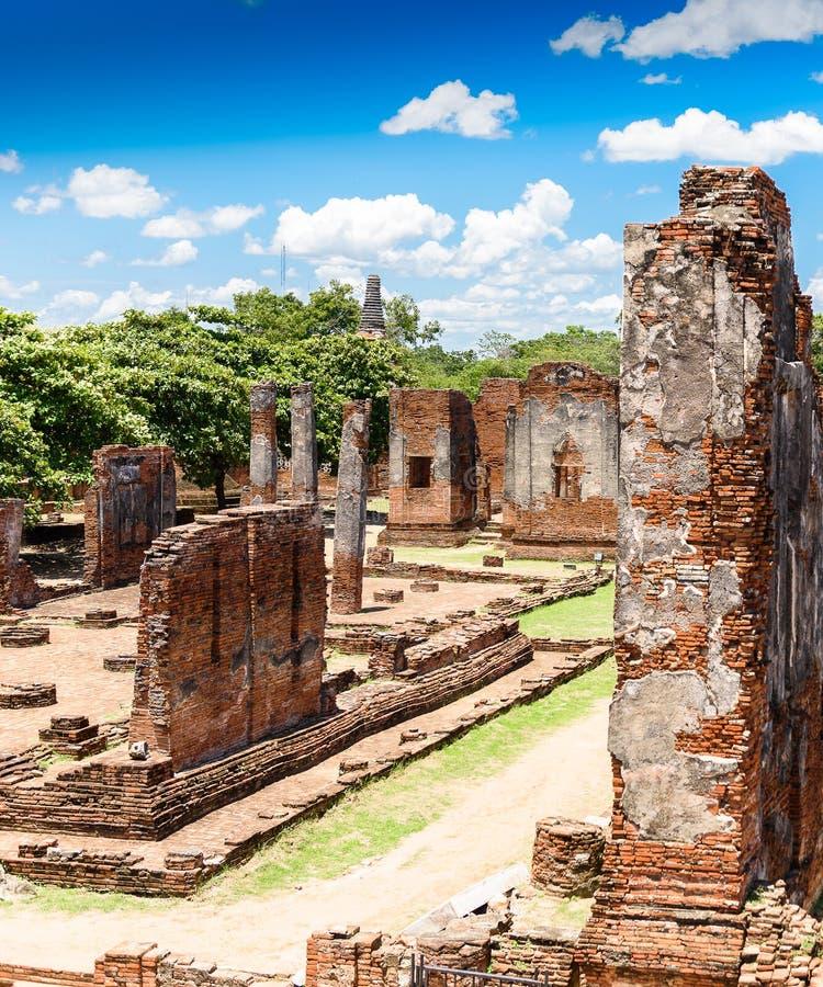 Pagoda antigua en Wat Phrasisanpetch (Phra Si Sanphet) Ayutthay fotografía de archivo libre de regalías