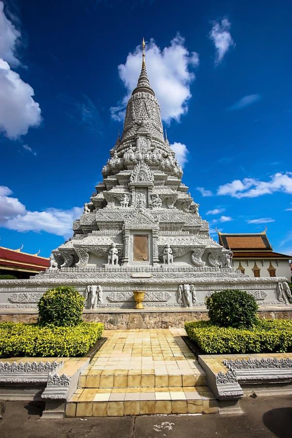 Pagoda argentée images libres de droits