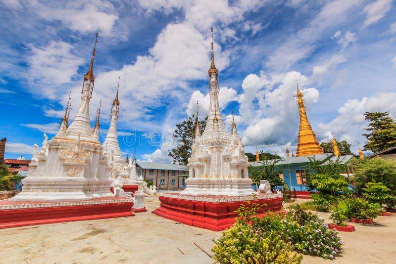 Pagoda au lac Inle, Myanmar images libres de droits