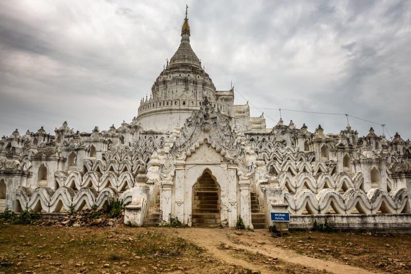 Pagoda blanca de Hsinbyume en Mingun, Myanmar fotografía de archivo libre de regalías