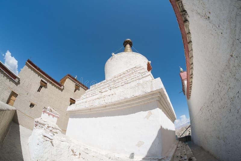 Download Pagoda Blanca En El Palacio De Shey En Leh Ladakh Foto de archivo - Imagen de ensambladura, aventura: 64213058