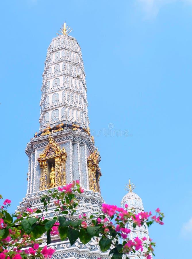 Pagoda bleue chez Wat Phra Kaew à Bangkok, Thaïlande photos libres de droits