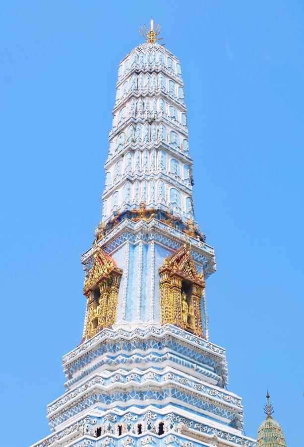 Pagoda bleue chez Wat Phra Kaew à Bangkok, Thaïlande photos stock