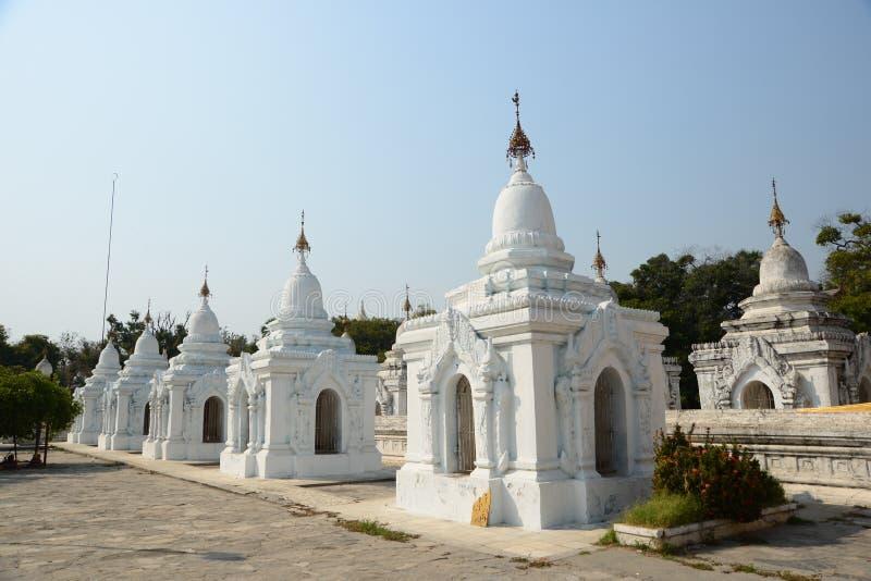 Pagoda branco imagens de stock royalty free