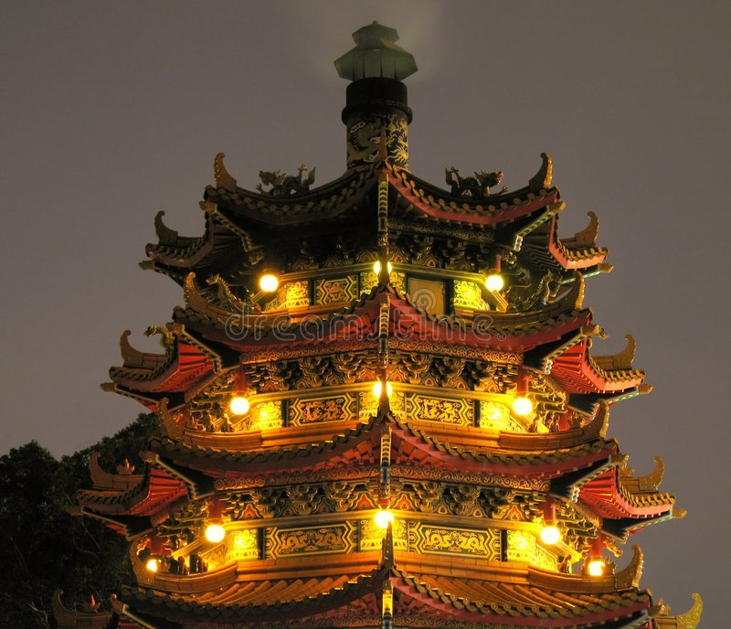 Pagoda chinoise par Night image stock