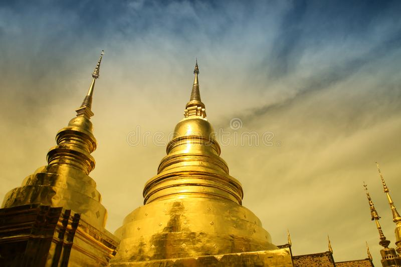 Pagoda d'or à images stock