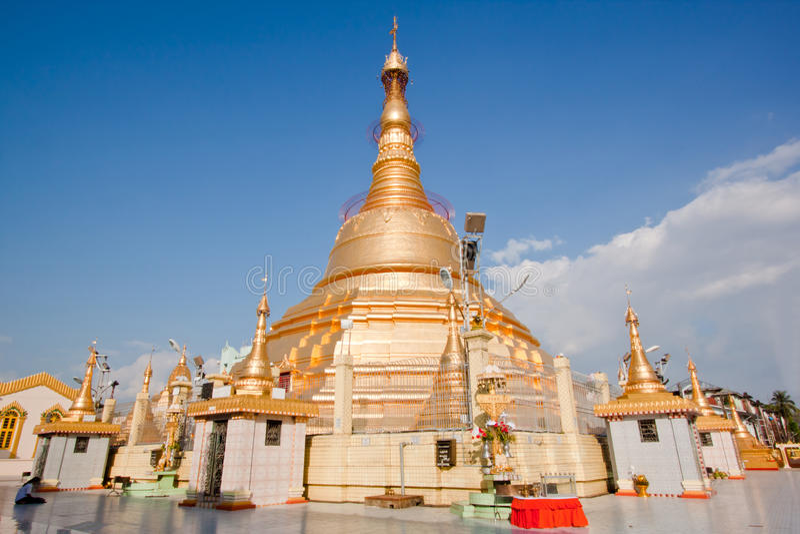 Pagoda de Botataung, Yangon, Myanma photographie stock