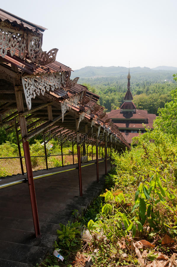Pagoda de Chaungzon, isla de Bilu, Myanmar foto de archivo