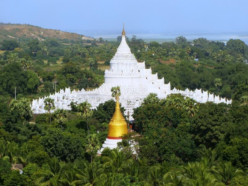 Download Pagoda De Hsinbyume Dans Mingun, Mandalay, Myanmar Photo stock - Image du fleuve, blanc: 45364502