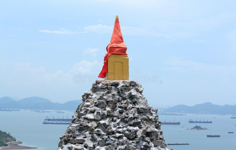 Pagoda de piedra vieja en la isla de Srichang, Tailandia foto de archivo libre de regalías
