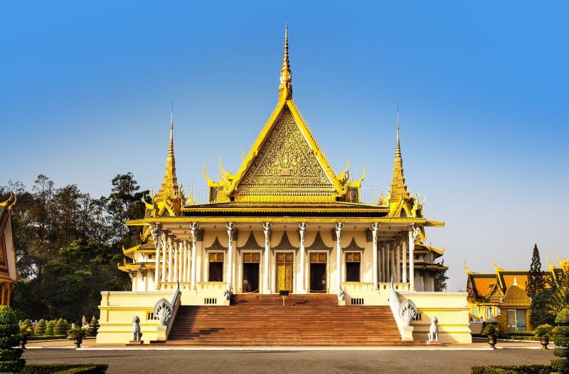Pagoda de Royal Palace et d'argent (le hall de trône), Phnom Penh, non image stock