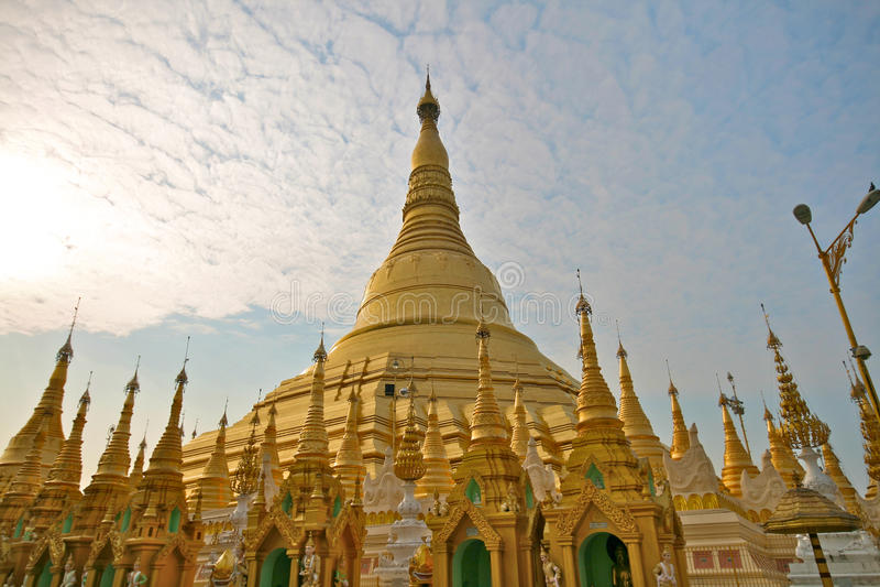 Pagoda de Shwedagon em Yangon, Burma fotografia de stock royalty free