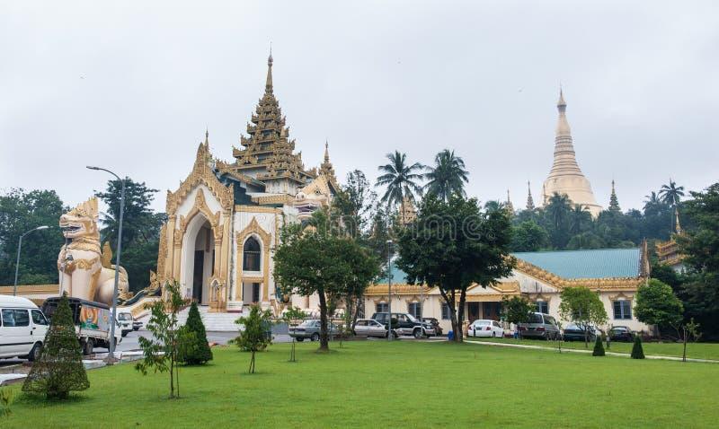 Pagoda de Shwedagon en Rangún, Myanmar imágenes de archivo libres de regalías